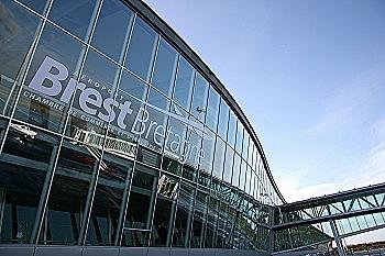Frontansicht Flughafen Brest